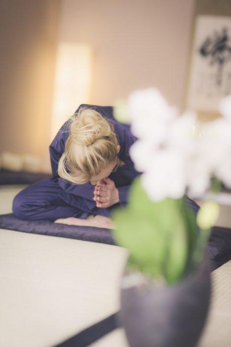 Zen Meditation: Gassho