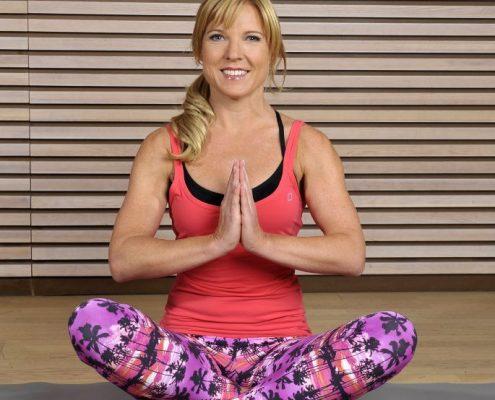 Mit Meditation und Yoga Achtsamkeit trainieren.