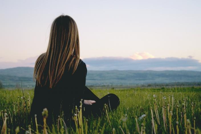 Meditation im Freien genießen